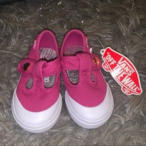 NEW Vans Lens Canvas Very Berry Toddlers SZ 4.5